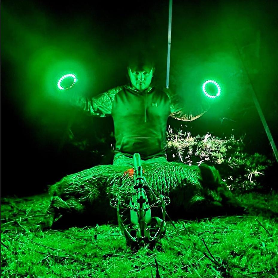 Охота ночью с фонарем, фонари для охоты, лучшие фонари для охоты, охотничьи фонари