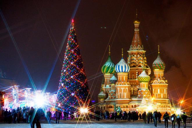 Куда пойти на новогодние праздники в Москве, куда пойти на новогодние каникулы с детьми, куда пойти на новогодние праздники в Москве бесплатно, куда пойти на рождественские праздники в Москве, катки в Москве, новогодняя москва, путеводитель по Москве