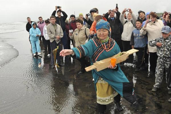 Рыбалка, день муксуна, рыболовный фестиваль, рыболовство в Югре, рыбалка на Сахалине, праздник кормления духа моря, осетровые, лососевые, обряд кормления духа моря