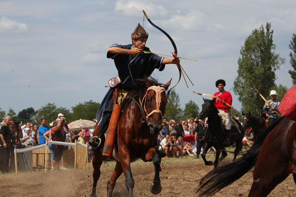 Всемирные игры кочевников, вторые всемирные игры кочевников, всемирные игры кочевников в киргизии, Стивен Сигал, игры кочевников