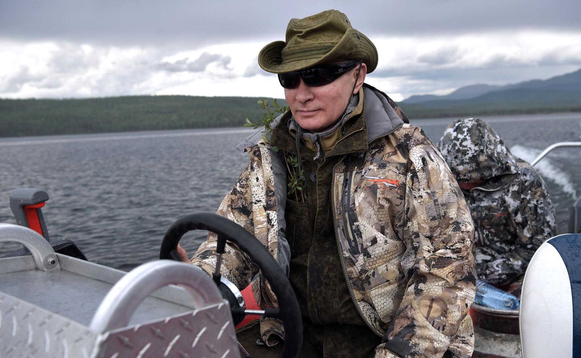 Путин рыбалка видео