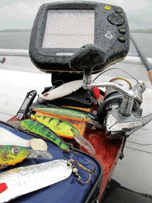эхолот для рыбалки с лодки