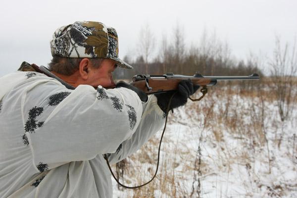 Зимняя охота, охотник, подготовка к охоте, лыжи для зимней охоты, оружие для зимней охоты, одежда для зимней охоты, обувь для зимней охоты