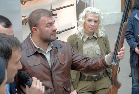 Михаил Пореченков и Беретта DT-11 BERETTA