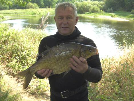 Подводная охота в жаркой реке: Поволжье, река Вад
