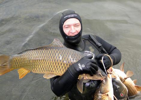 Подводная Охота осенью на сазана в Минской области