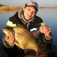 Ловля судака зимой: как найти и какие способы рыбалки использовать